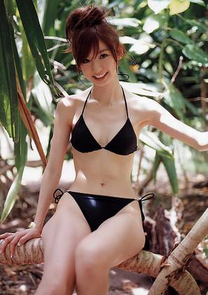 篠田麻里子 アイドル画像